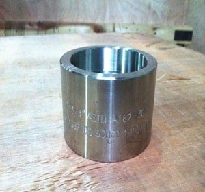 ASME A350, 1 Inch, Class 3000, Carbon Steel Screwed Full Couplings